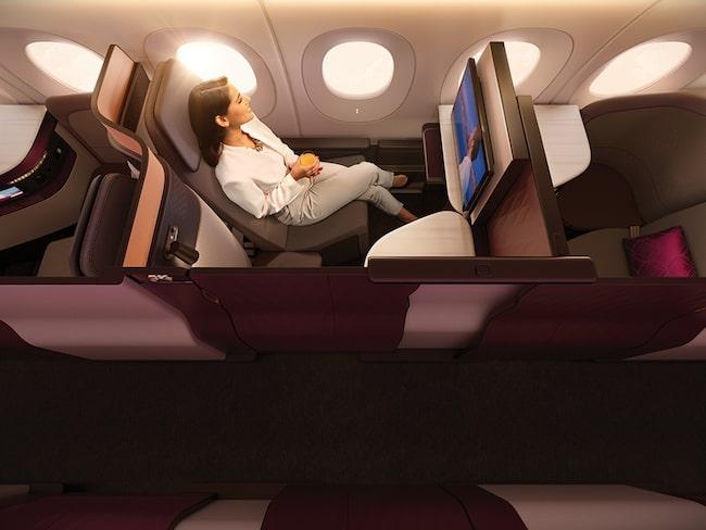 """Den nya business class-kabinen erbjuder passagerarna egna """"sviter""""."""