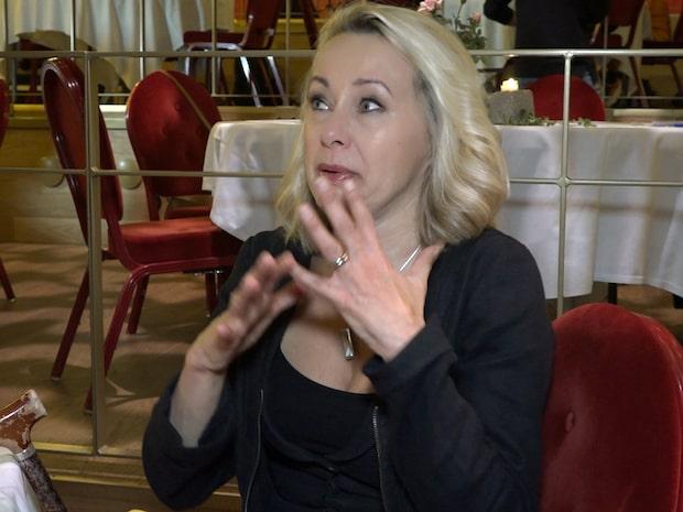 Louise Hoffsten om vardagen med nervsjukdomen
