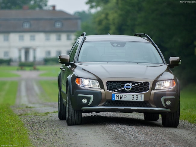 Volvo V70 Cross country.