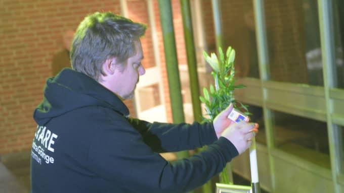 Vakter kommer att vara på plats på skolan under tisdagen, som en trygghetshöjande åtgärd. Foto: Jens Christian/topnews.se
