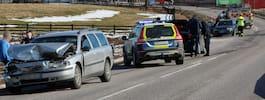 JUST NU: Person gripen för misshandel efter bilkollision