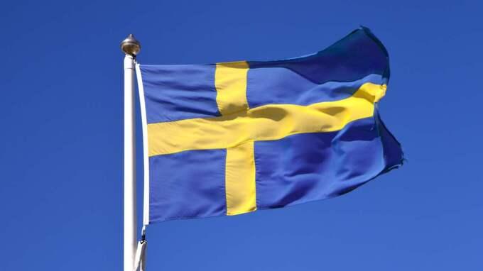 Svenska flaggan hissades dock som vanligt och man hade skolavslutning i kyrkan.