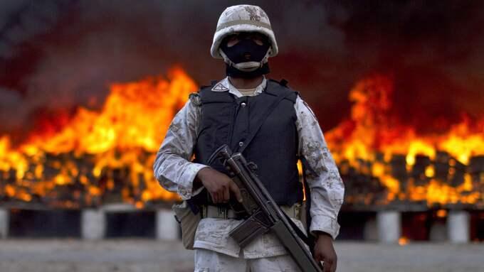 Manne Gerell menar att det begåtts jämförelsevis lika många granatattacker i Sverige som i Mexiko, i förhållande till folkmängd. Foto: GUILLERMO ARIAS / AP